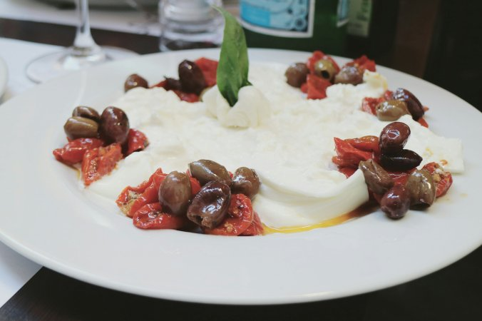 best_burrata_in_rome_emma