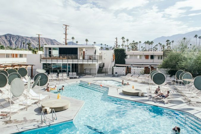 ace-hotel-palm-springs-california-weekend-1-1075x715