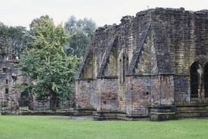 visit_leeds_kirkstall_abbey